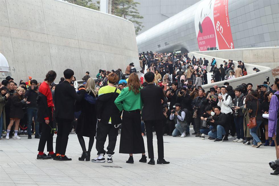 Dongdaemun Plaza- địa điểm nổi tiếng của các tín đồ thời trang Hàn Quốc