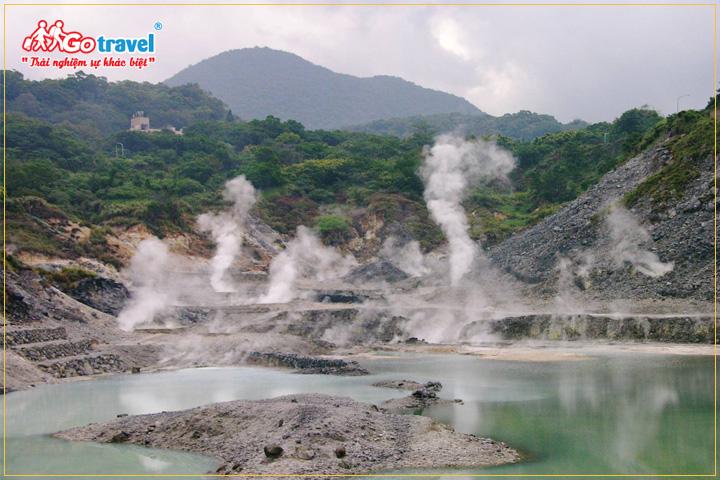Du lịch Đài Loan mùa đông tham gia tắm suối khoáng nóng
