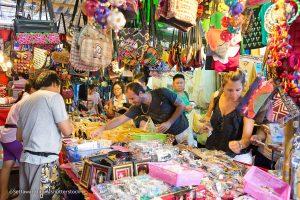 Những khu chợ nổi tiếng nhất định phải ghé khi đi tour du lịch Thái Lan